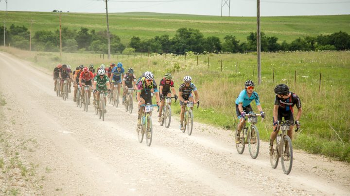 Dirty kanza 200 race